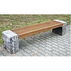 Kamenná lavice Vanda